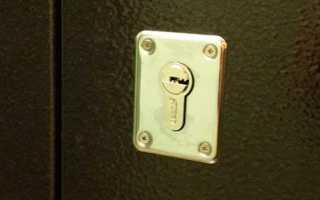 Замена замка в металлической двери: пошаговая инструкция