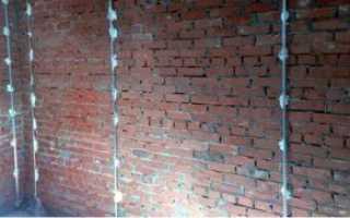 Какой должен быть слой штукатурки на стене?