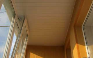 Чем отделать потолок на балконе: доступные материалы