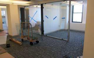 Крепление стеклянных перегородок — делаем правильно
