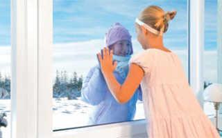 Продувает пластиковое окно? Вполне возможно стоит заменить уплотнительные резинки!