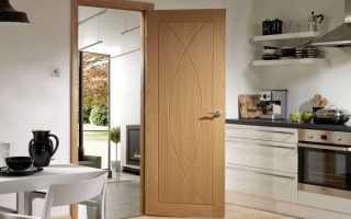 Как устранить провисание межкомнатной двери?